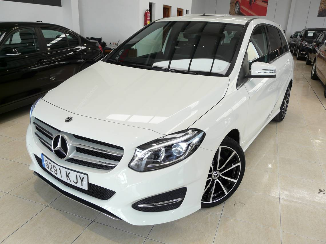 Mercedes Benz Clase B ocasión segunda mano 2018 Diésel por 23.499€ en Málaga