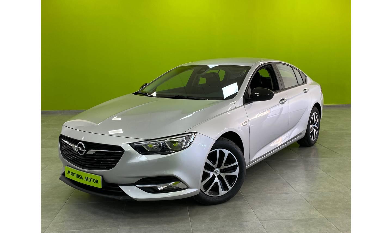 Opel Insignia  ocasión segunda mano 2018 Diésel por 16.700€ en Málaga