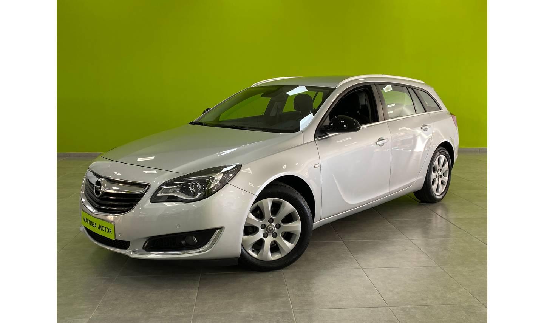 Opel Insignia Sports Tourer ocasión segunda mano 2016 Diésel por 12.900€ en Málaga