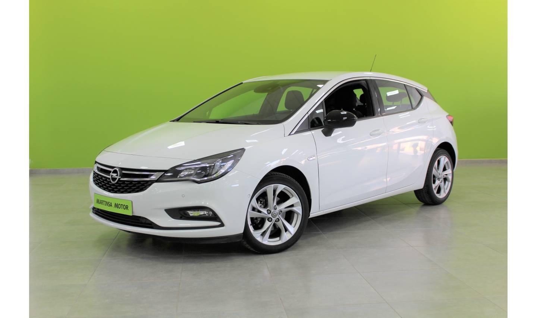 Opel Astra ocasión segunda mano 2016 Diésel por 14.200€ en Málaga